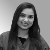 Dr Minal Amlani