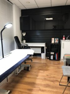 Watford Osteopathy Acupuncture Massage Therapy Room