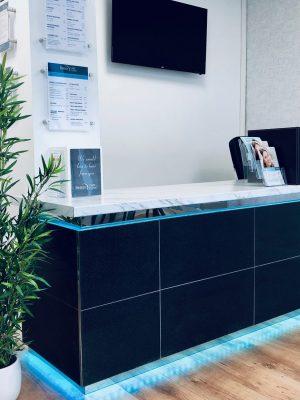 reception desk, dentist, dental, massage, chiropody, foot care, watford